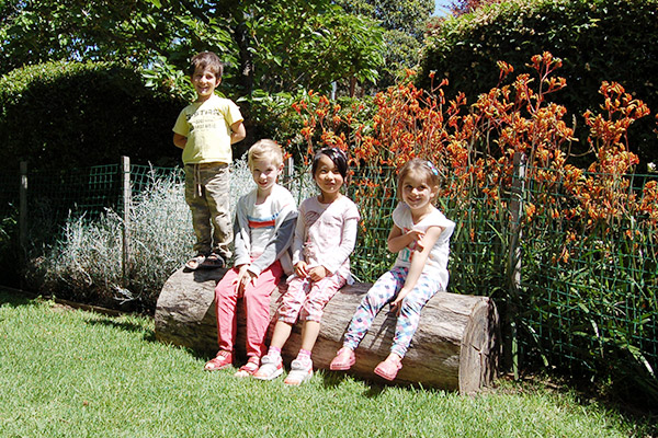 preschool-kids-outdoors-smiling
